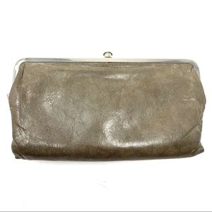 Hobo Lauren Tan Clutch Handbag